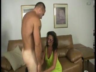 Mature Milks Her Trainers Dick-daddi