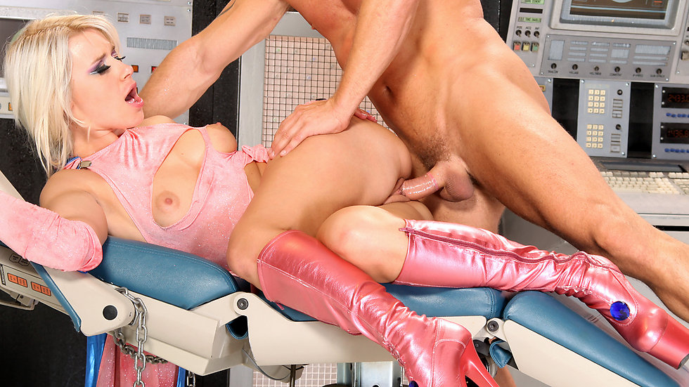 Anikka Albrite In Show No Mercy, Scene 5