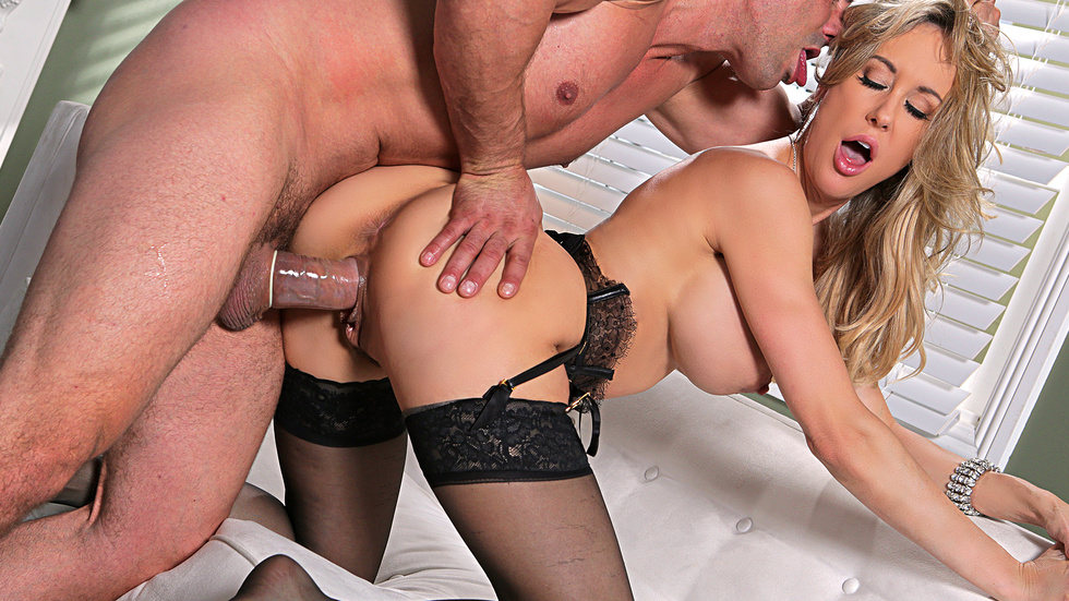 Brandi Love In The Party, Scene 5