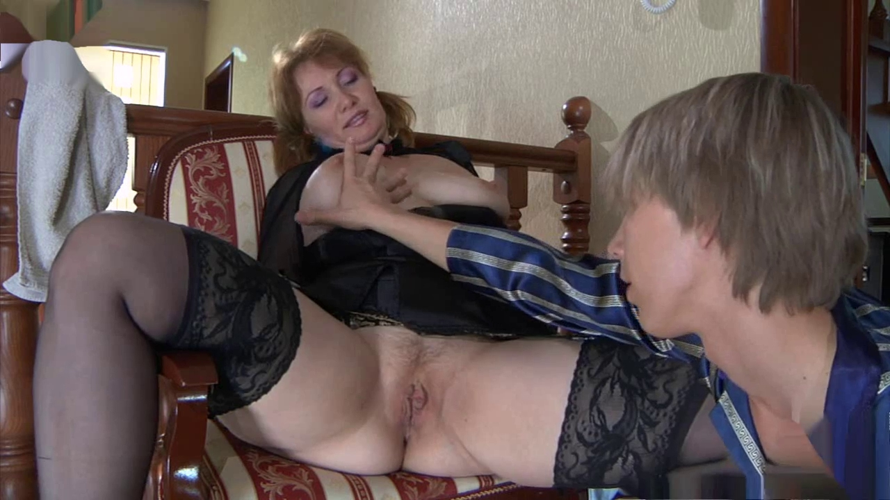 Порно видео молодой ебет опытную фото 415-656