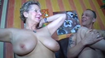 video-porno-kategoriya-perezrelie