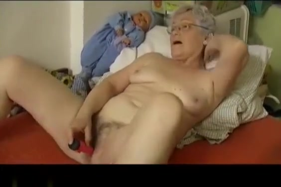 Video 965310104: chubby granny masturbating, old chubby granny, granny dildo, horny granny masturbating, granny toys, mature granny