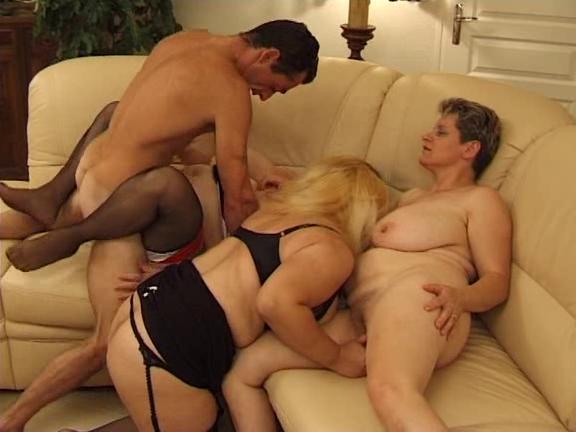 порно фото группавуха с бабушками