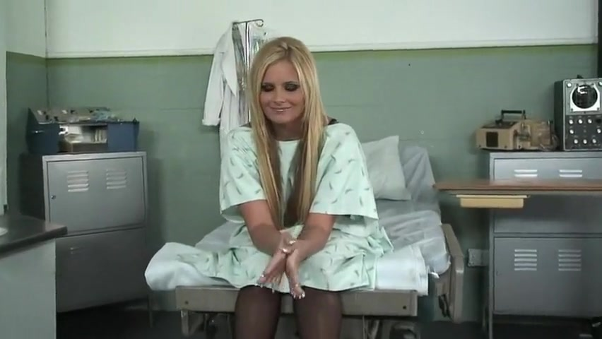 Phoenix Marie pounded by her surgeon
